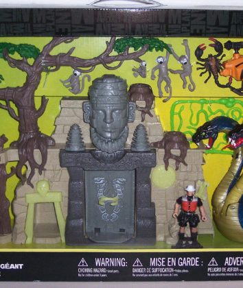 GIANT-COBRA-Playset-Animal-Planet-Chap[1]