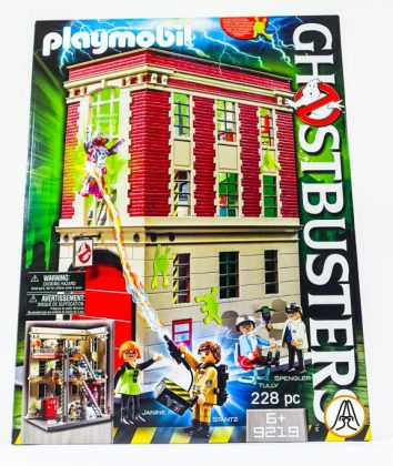 theaneka-build00020007-playmobil-ghostbusters-firehouse-1